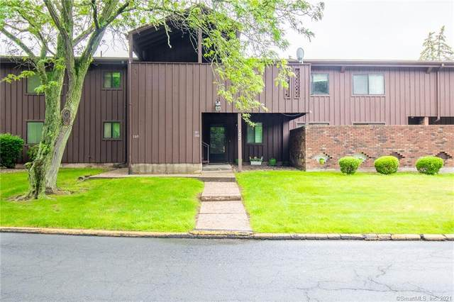 101 Webster Court #101, Newington, CT 06111 (MLS #170410597) :: Hergenrother Realty Group Connecticut