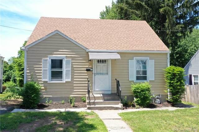 25 Macarthur Drive, Waterbury, CT 06704 (MLS #170410786) :: Spectrum Real Estate Consultants