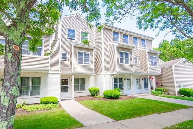 77 Cobblestone Drive, Groton, CT 06340 (MLS #170410812) :: Spectrum Real Estate Consultants