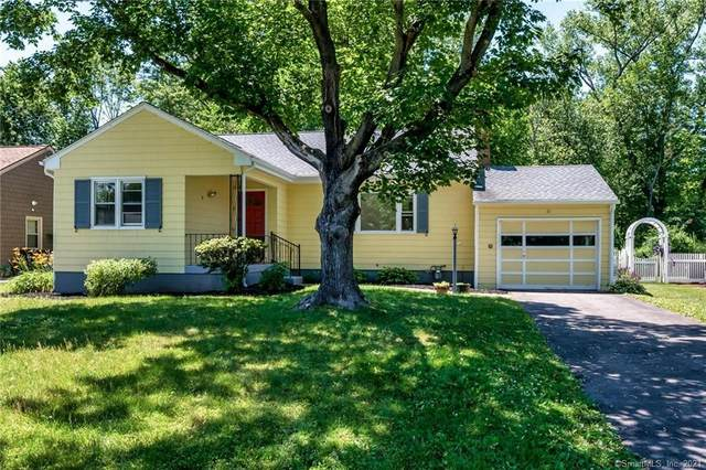 11 Lindy Lane, West Hartford, CT 06117 (MLS #170411285) :: Sunset Creek Realty