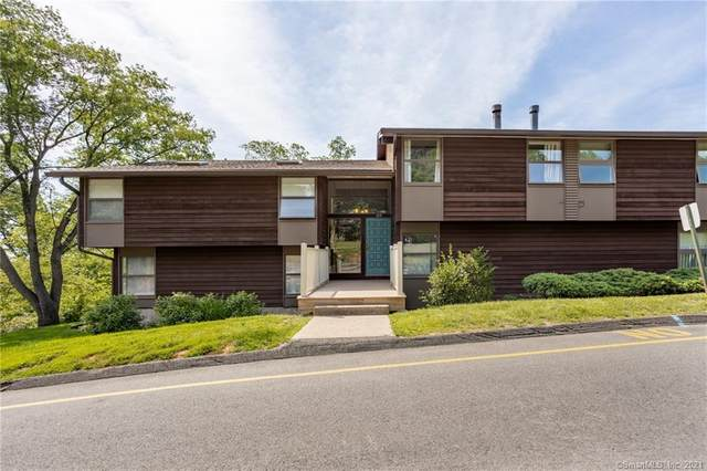 123 Country Squire Drive F, Cromwell, CT 06416 (MLS #170411558) :: Carbutti & Co Realtors