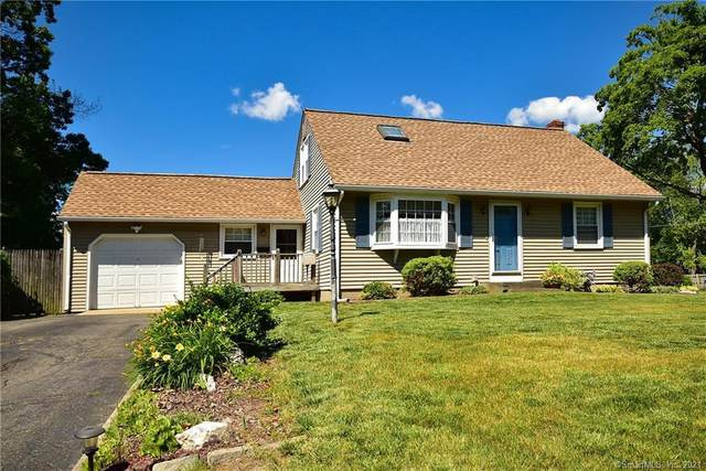 4 Indian Run, Enfield, CT 06082 (MLS #170411774) :: NRG Real Estate Services, Inc.