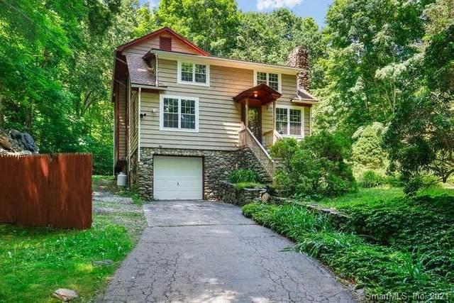 307 Berkshire Road, Newtown, CT 06482 (MLS #170411841) :: Spectrum Real Estate Consultants