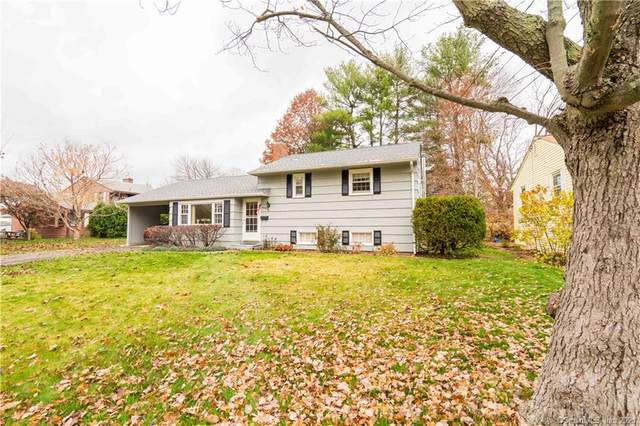 90 W Point Terrace, West Hartford, CT 06107 (MLS #170412118) :: Linda Edelwich Company Agents on Main