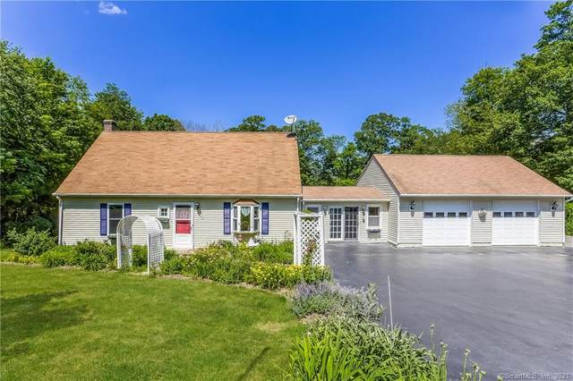 1095 Old Colchester Road, Montville, CT 06370 (MLS #170412235) :: Around Town Real Estate Team