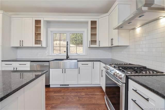 10 Tall Oaks Drive #4, New Milford, CT 06776 (MLS #170412449) :: Kendall Group Real Estate   Keller Williams