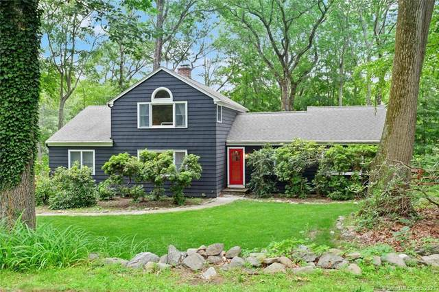 155 Steep Hill Road, Weston, CT 06883 (MLS #170413073) :: The Higgins Group - The CT Home Finder