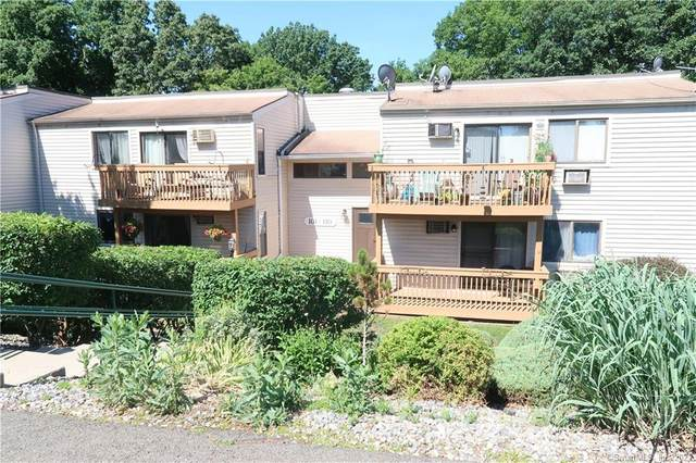 107 Woodland Drive #107, Cromwell, CT 06416 (MLS #170413443) :: Carbutti & Co Realtors