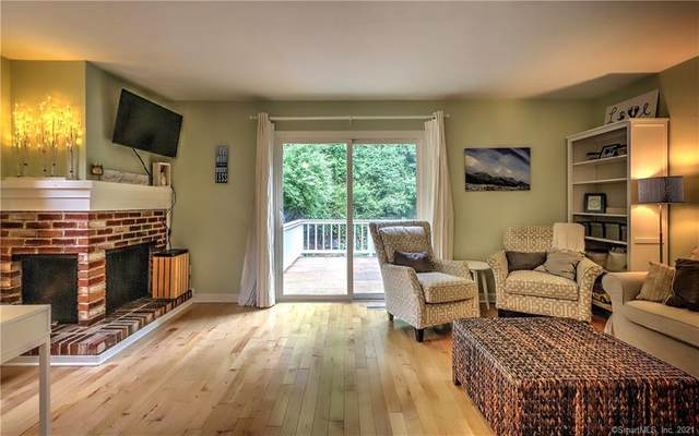 2 Natureview Trail #2, Bethel, CT 06801 (MLS #170413540) :: The Higgins Group - The CT Home Finder