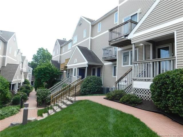 22 Glenrock #22, Norwalk, CT 06850 (MLS #170415868) :: GEN Next Real Estate