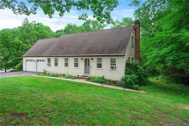 10 Stone Cliff Drive, East Lyme, CT 06357 (MLS #170416141) :: GEN Next Real Estate