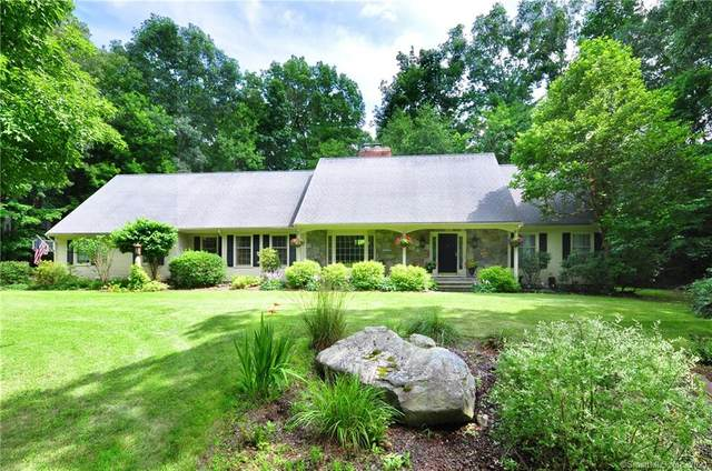 5 Saxon Woods, Avon, CT 06001 (MLS #170417492) :: Forever Homes Real Estate, LLC