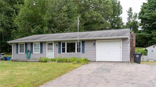 8 Country Club Drive, Ledyard, CT 06339 (MLS #170417922) :: Tim Dent Real Estate Group