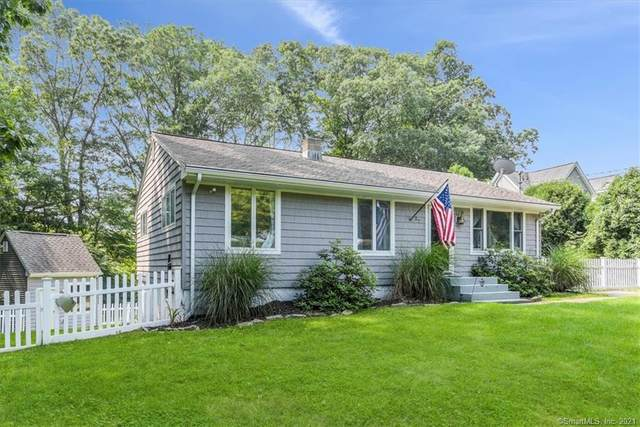 27 Forest Road, East Lyme, CT 06357 (MLS #170418256) :: Next Level Group