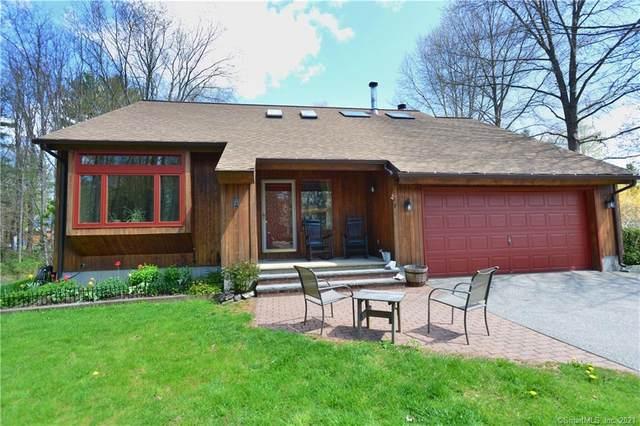 7 Spring Hill Road, Woodstock, CT 06282 (MLS #170418262) :: Spectrum Real Estate Consultants