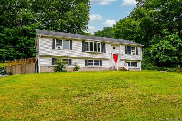 67 Town Farm Road, Ledyard, CT 06339 (MLS #170418483) :: GEN Next Real Estate