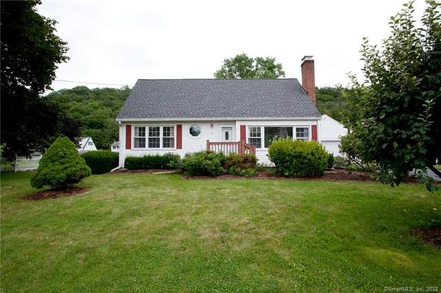 4 Fairchild Road, Simsbury, CT 06081 (MLS #170419489) :: GEN Next Real Estate