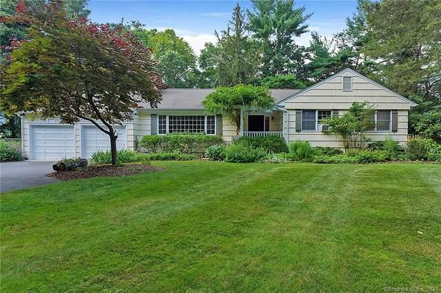 8 Weston Road, Westport, CT 06880 (MLS #170419727) :: Spectrum Real Estate Consultants
