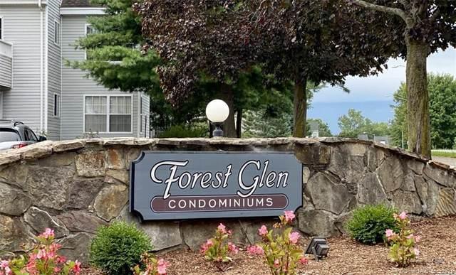 1 Forest Glen Circle #15, Middletown, CT 06457 (MLS #170419769) :: Team Feola & Lanzante | Keller Williams Trumbull
