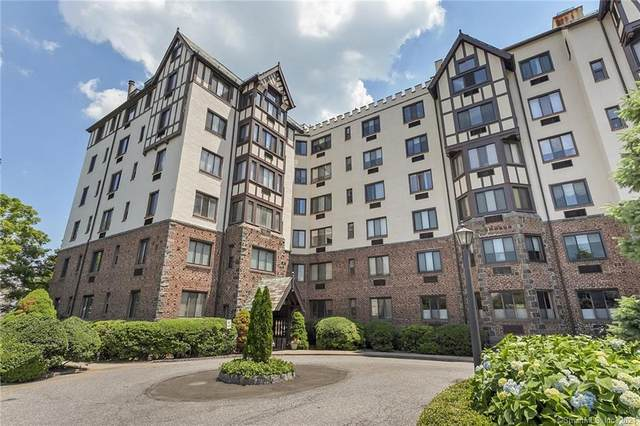 47 Lafayette Place 1G, Greenwich, CT 06830 (MLS #170420068) :: Next Level Group