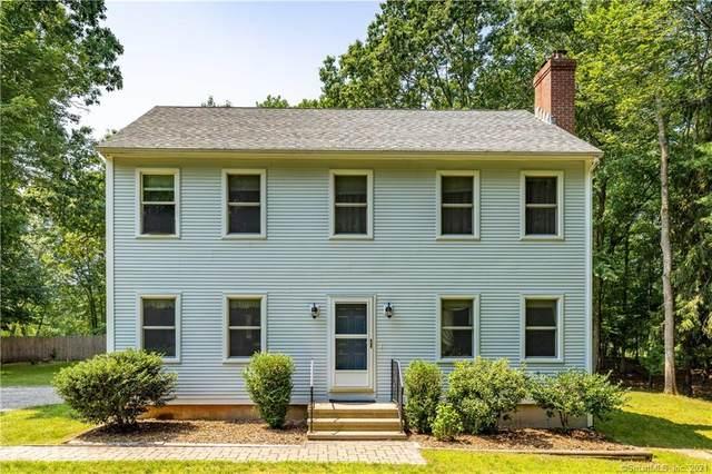 11 Apple Tree Lane, Old Lyme, CT 06371 (MLS #170421108) :: Carbutti & Co Realtors