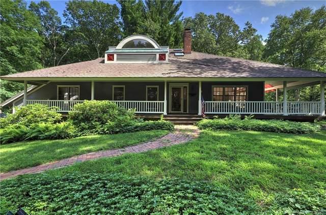74 Taunton Lake Road, Newtown, CT 06470 (MLS #170421115) :: Michael & Associates Premium Properties | MAPP TEAM
