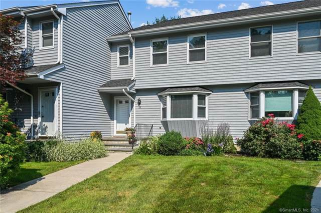 55 Edge Hill Court #55, Fairfield, CT 06824 (MLS #170421330) :: GEN Next Real Estate