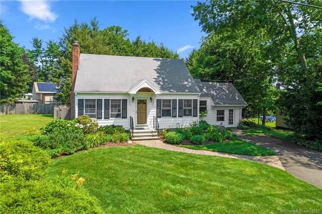 440 Kenwood Avenue, Hamden, CT 06518 (MLS #170422366) :: Spectrum Real Estate Consultants