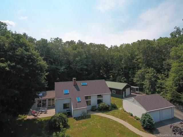 18 Grey Fox Trail, Woodbury, CT 06798 (MLS #170422496) :: Carbutti & Co Realtors