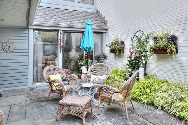 121 Harvest Commons #121, Westport, CT 06880 (MLS #170422524) :: Michael & Associates Premium Properties | MAPP TEAM