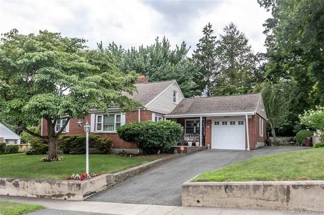 57 Oceanview Terrace, Stratford, CT 06614 (MLS #170422601) :: Mark Boyland Real Estate Team