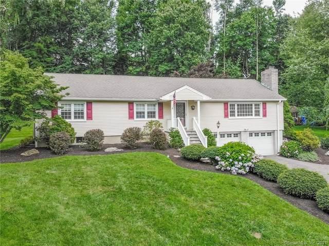 16 Cross Brook Road, Newtown, CT 06470 (MLS #170422611) :: Spectrum Real Estate Consultants