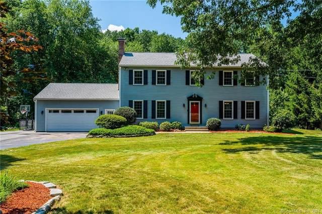 4 Hyde Park Drive, Ledyard, CT 06335 (MLS #170422738) :: Spectrum Real Estate Consultants