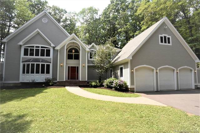 111 Deercliff Road, Avon, CT 06001 (MLS #170422861) :: Mark Boyland Real Estate Team
