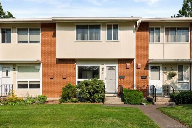207 Centerbrook Road #207, Hamden, CT 06518 (MLS #170422905) :: Michael & Associates Premium Properties | MAPP TEAM