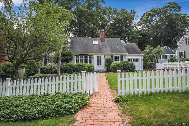 11 Old Stone Road, Darien, CT 06820 (MLS #170422911) :: Mark Boyland Real Estate Team