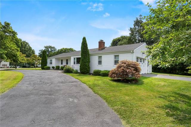 98 Bulkley Drive, Fairfield, CT 06825 (MLS #170422948) :: Linda Edelwich Company Agents on Main
