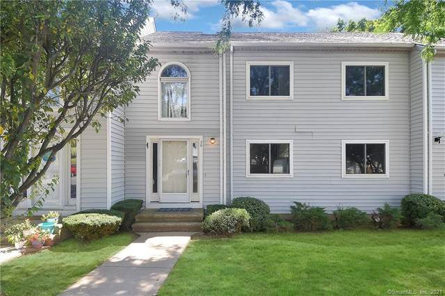 36 Clubhouse Drive #36, Cromwell, CT 06416 (MLS #170423182) :: GEN Next Real Estate