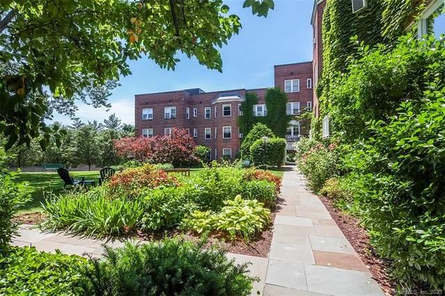 70 Strawberry Hill Avenue 3-2B, Stamford, CT 06902 (MLS #170423183) :: Next Level Group