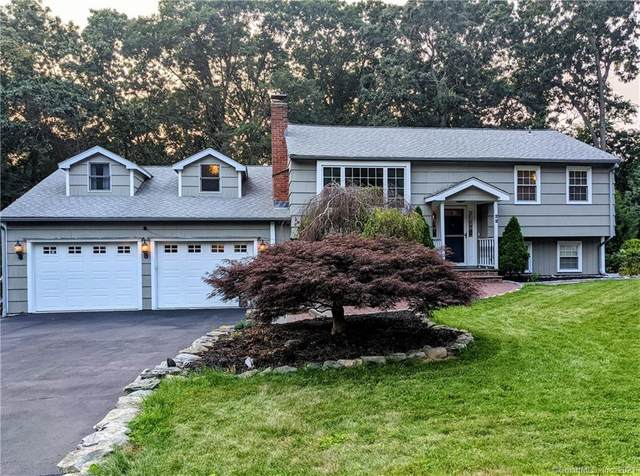 22 Bright Hill Drive, Clinton, CT 06413 (MLS #170423266) :: Next Level Group
