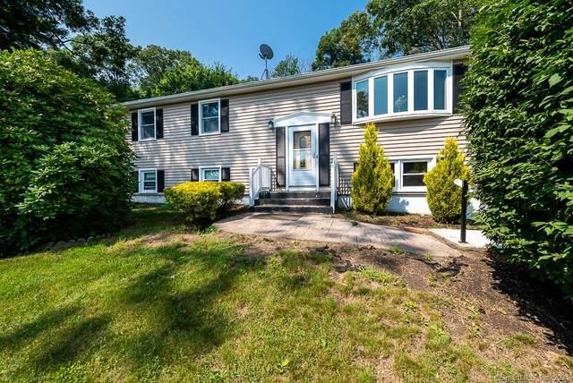 15 Hillside Drive, Ledyard, CT 06335 (MLS #170423855) :: Mark Boyland Real Estate Team