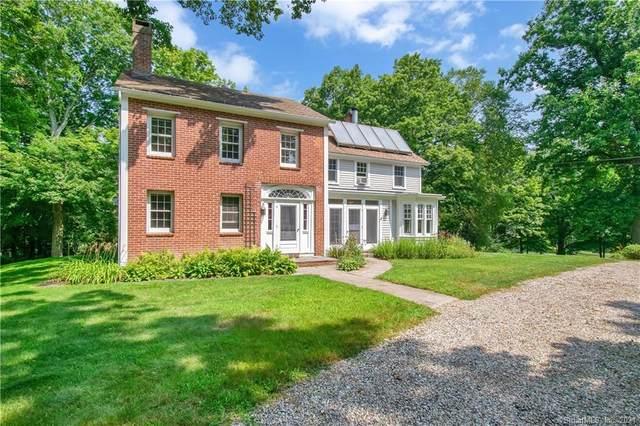 38 Hundred Acres Road, Newtown, CT 06470 (MLS #170423886) :: Michael & Associates Premium Properties | MAPP TEAM