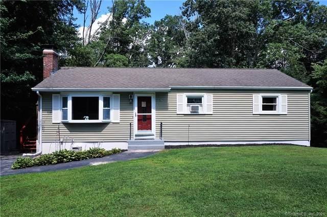 5 Patricia Court, Ledyard, CT 06335 (MLS #170424578) :: Sunset Creek Realty