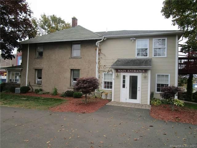 130 Saw Mill Road, West Haven, CT 06516 (MLS #170424652) :: Frank Schiavone with Douglas Elliman
