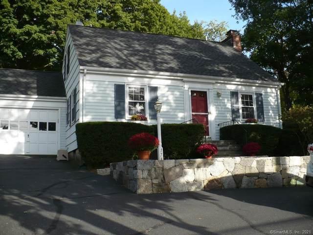 174 Hollow Tree Ridge Road, Darien, CT 06820 (MLS #170424796) :: Carbutti & Co Realtors