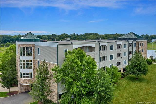 60 Maple Street #43, Branford, CT 06405 (MLS #170424830) :: Linda Edelwich Company Agents on Main