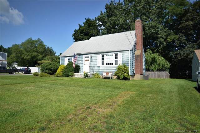 121 Riverview Circle, Fairfield, CT 06824 (MLS #170424964) :: Kendall Group Real Estate   Keller Williams