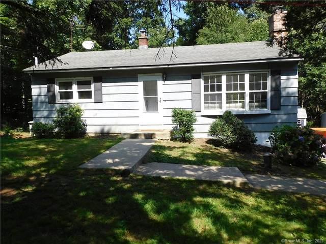 681 W Lake Avenue, Guilford, CT 06437 (MLS #170425121) :: Frank Schiavone with Douglas Elliman