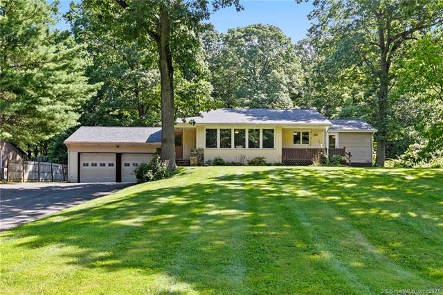 18 Spruce Mountain Trail, Danbury, CT 06810 (MLS #170425573) :: Chris O. Buswell, dba Options Real Estate