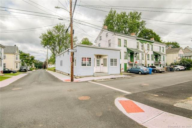 68 Spring Street, Enfield, CT 06082 (MLS #170426027) :: Linda Edelwich Company Agents on Main